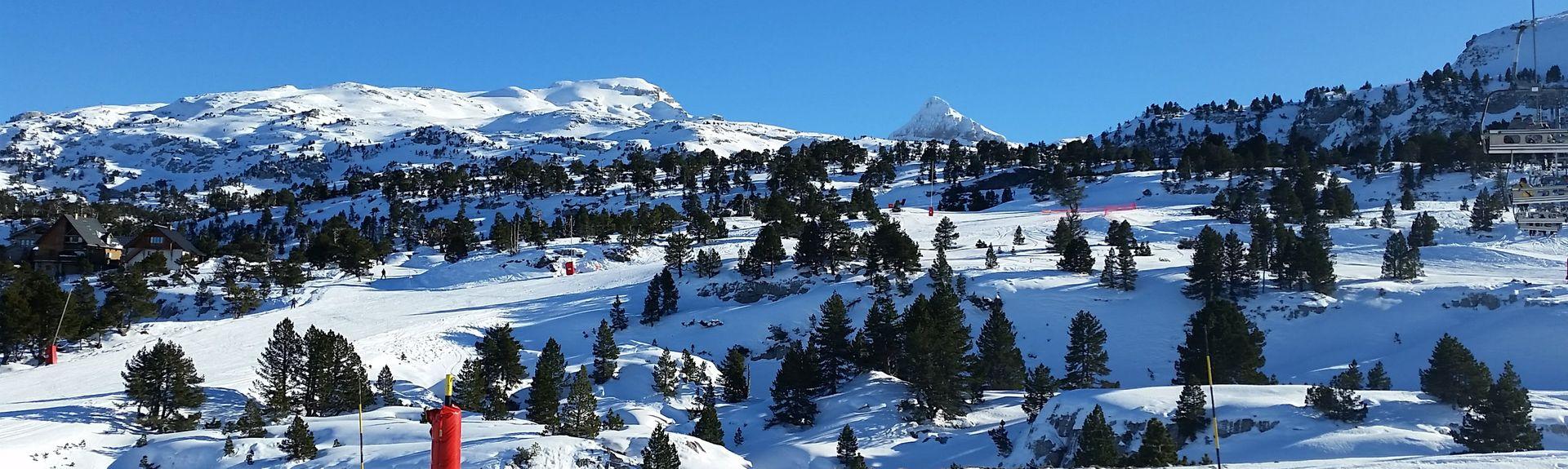 Mont, Pyrenees-Atlantiques, France