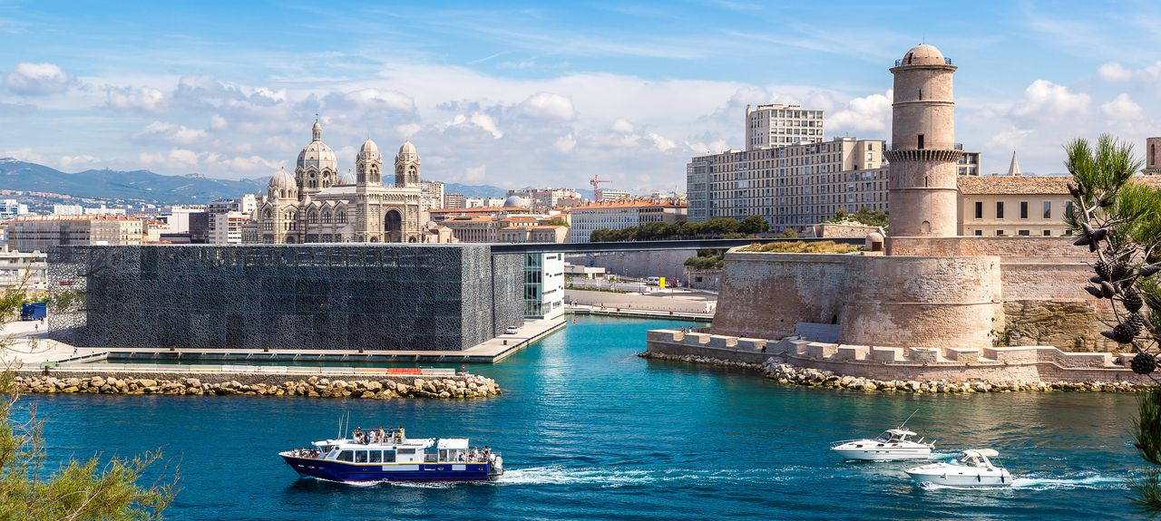vrbo marseille fr vacation rentals reviews booking