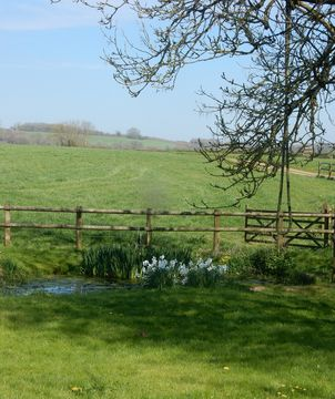 Wiltshire, GB holiday lettings: Cottages & more | HomeAway