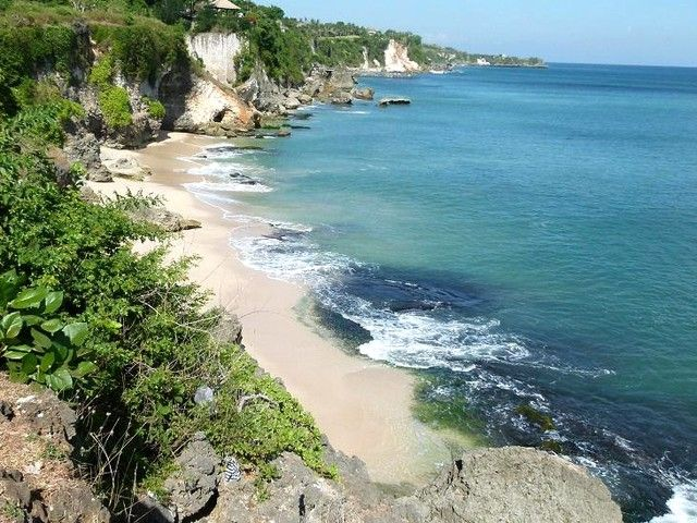 Bingin Beach, Pecatu, Indonesia