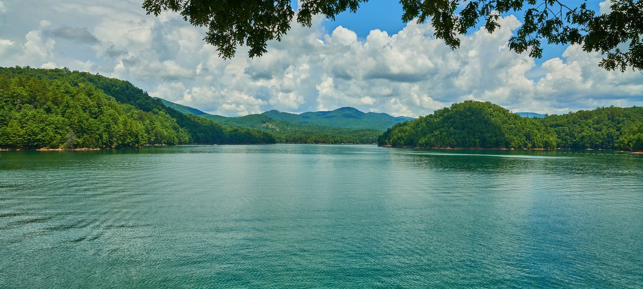 Hiwassee Lake, North Carolina, USA