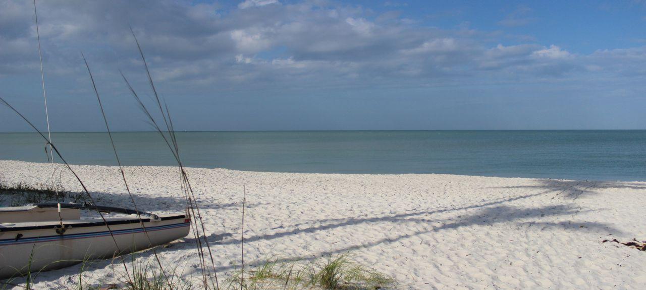 Vanderbilt Beach, North Naples, FL, USA