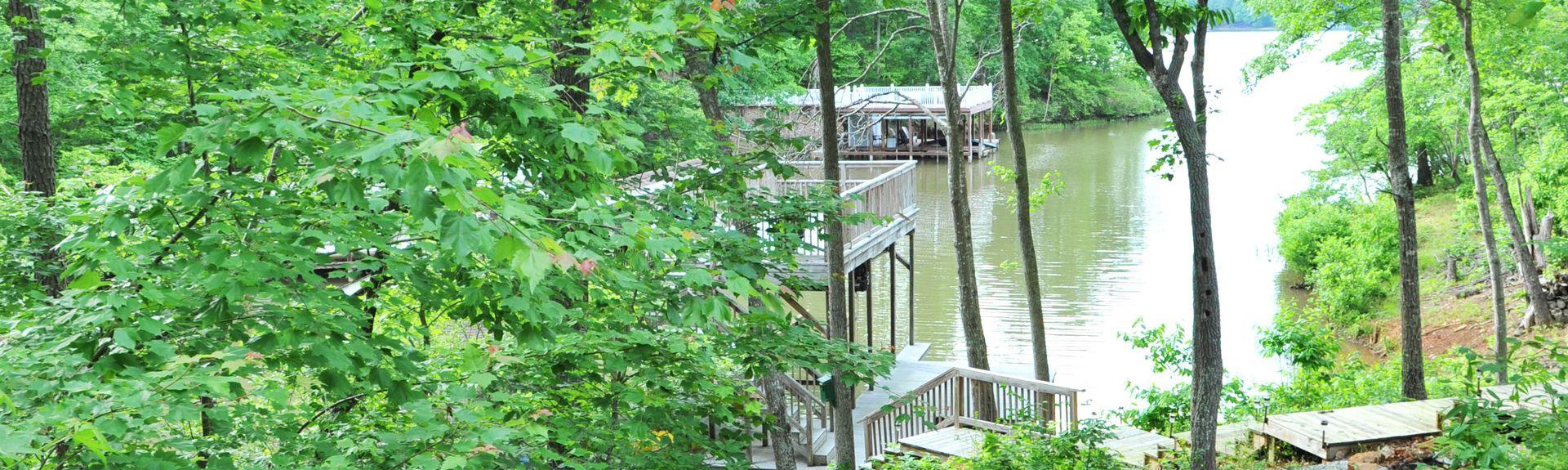 Kerr Lake Country Club, Henderson, North Carolina, United States