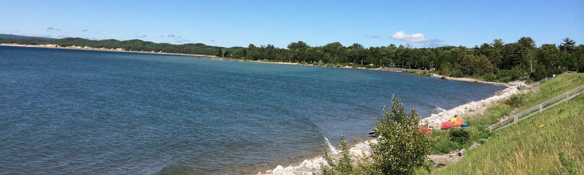 Lake Charlevoix, Michigan, USA