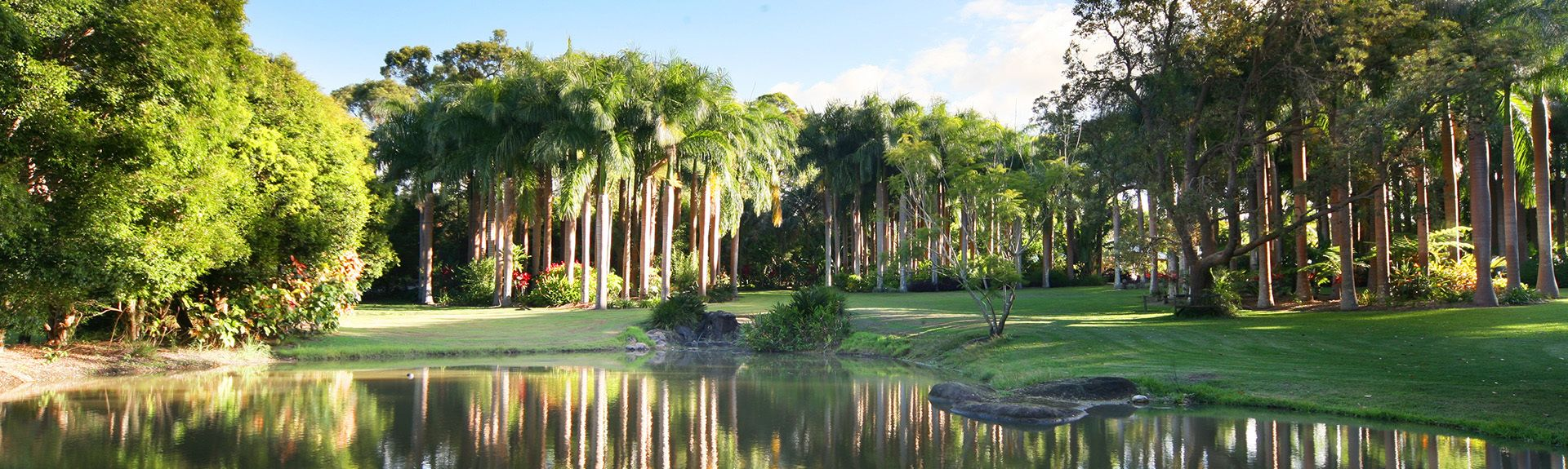 Big Pineapple (Ananasskulptur), Sunshine Coast, Queensland, Australien