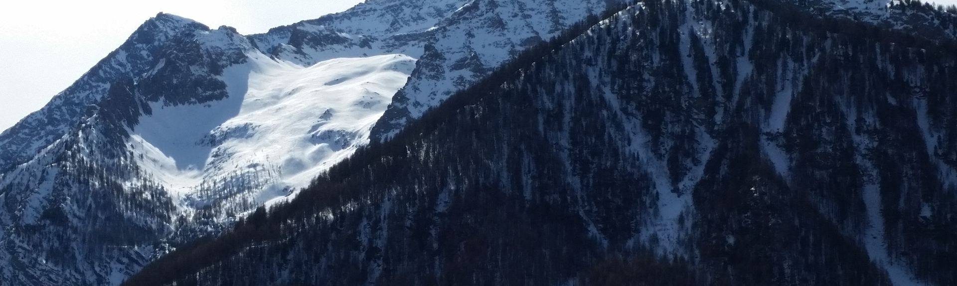 Ski Lodge - La Sellette Ski Lift, San Sicario Alto, Italy