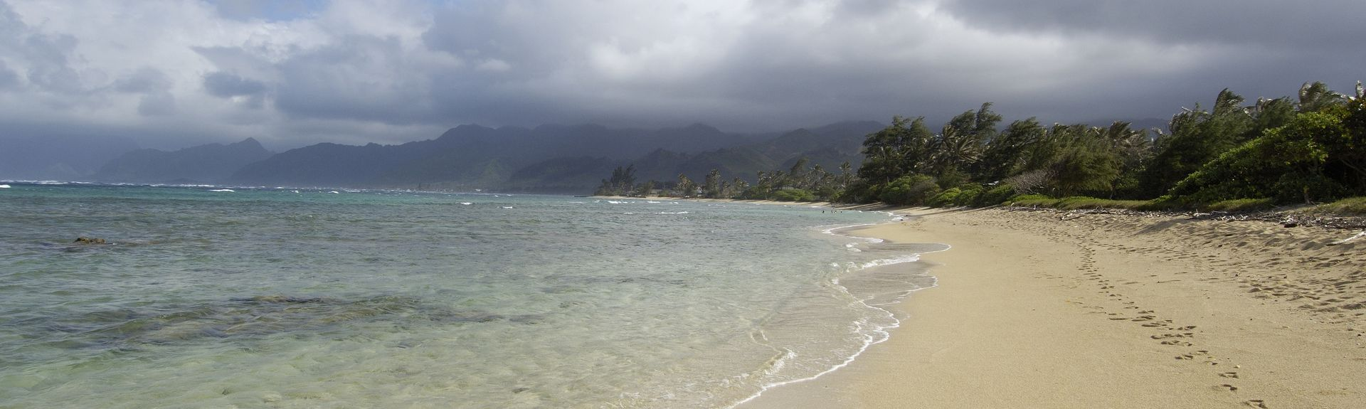 Malaekahana Beach Campground, Kahuku, Hawái, Estados Unidos