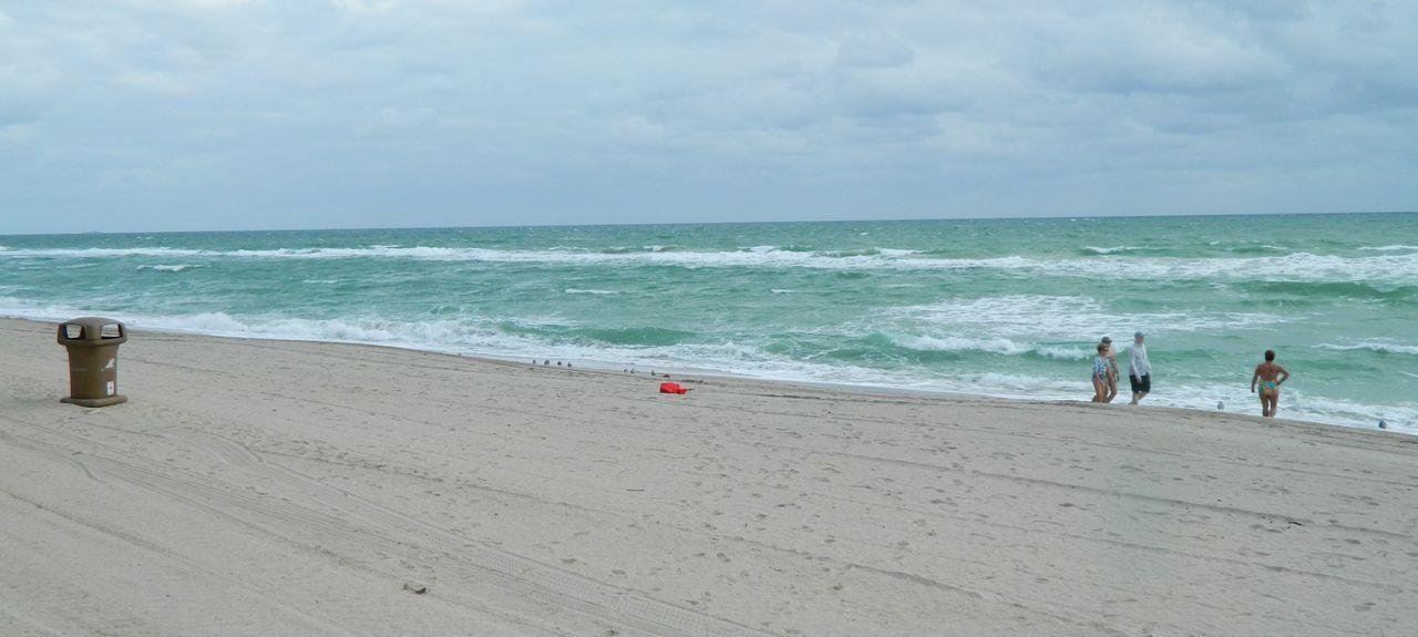 Ramada Marco Polo Beach Resort (Golden Beach, Flórida, Estados Unidos)