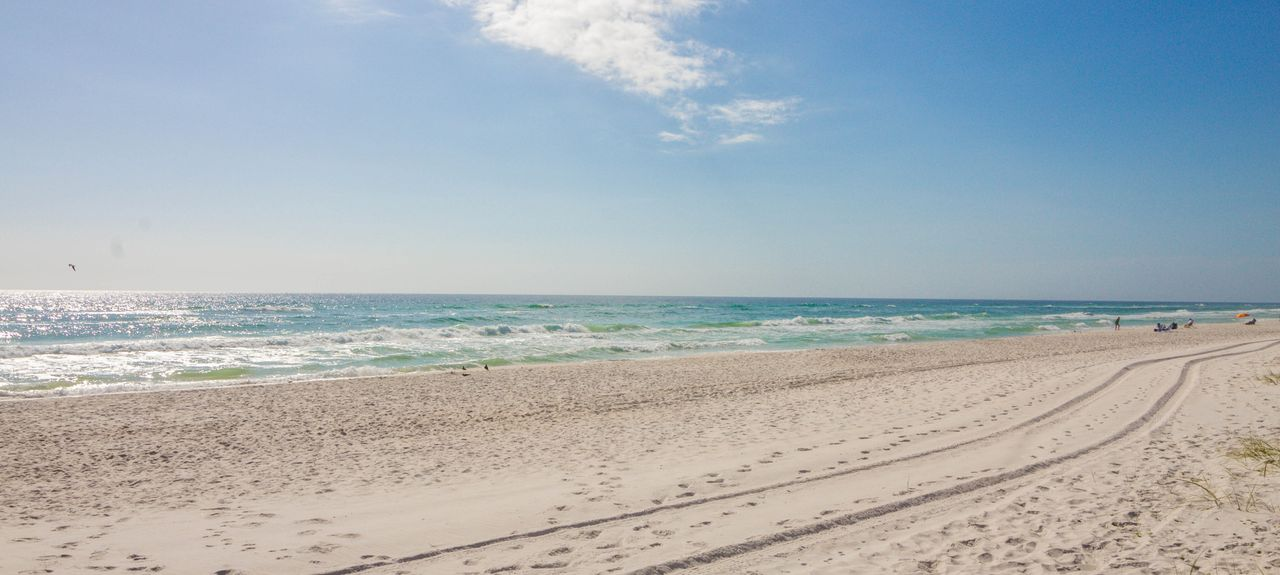 La Valencia Beach Resort (Florida, United States)