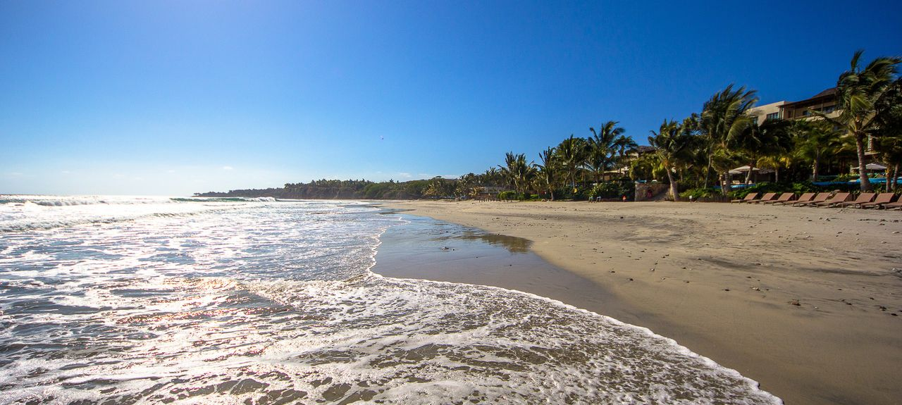 Los Veneros Resort Residences and Beach Club (Nayarit, México)
