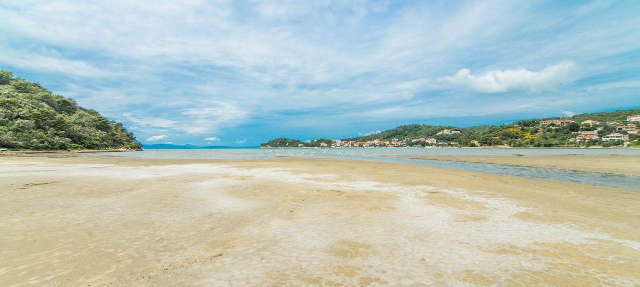 Spiaggia Punta di Galetto, Veglia, Regione litoraneo-montana, Croazia