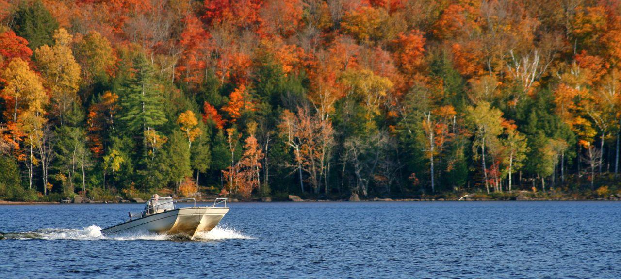Schroon Lake, NY, USA (Lake)