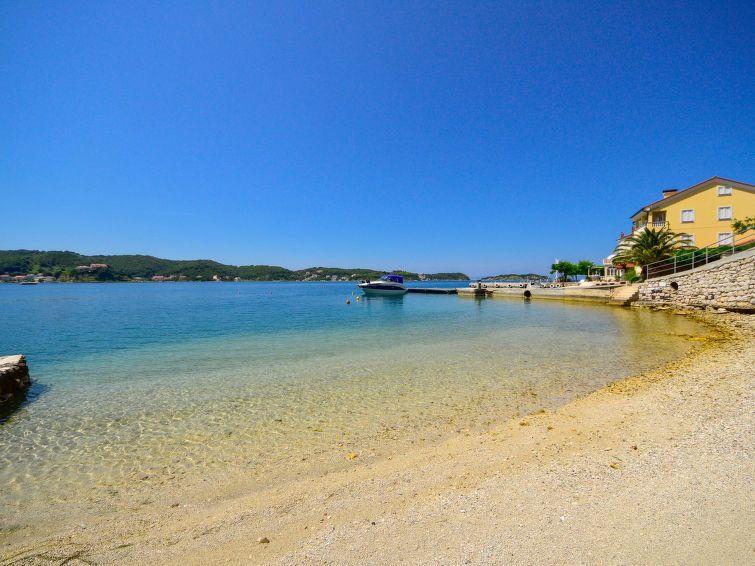 Spiaggia di Laparo, Laparo, Regione litoraneo-montana, Croazia