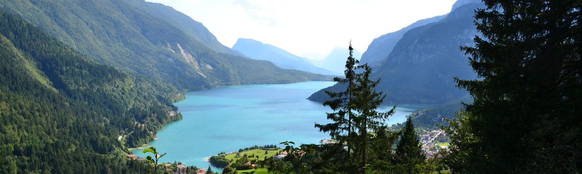 Seggiovia di Pradalago, Madonna di Campiglio, Trentino-Alto Adige, Itália