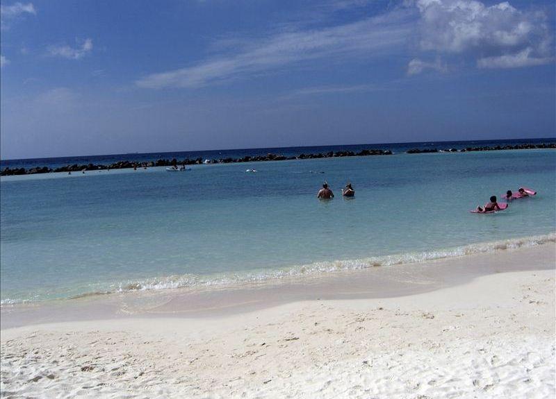 Aruba Vacation Rental  Br  Ba Palm Beach