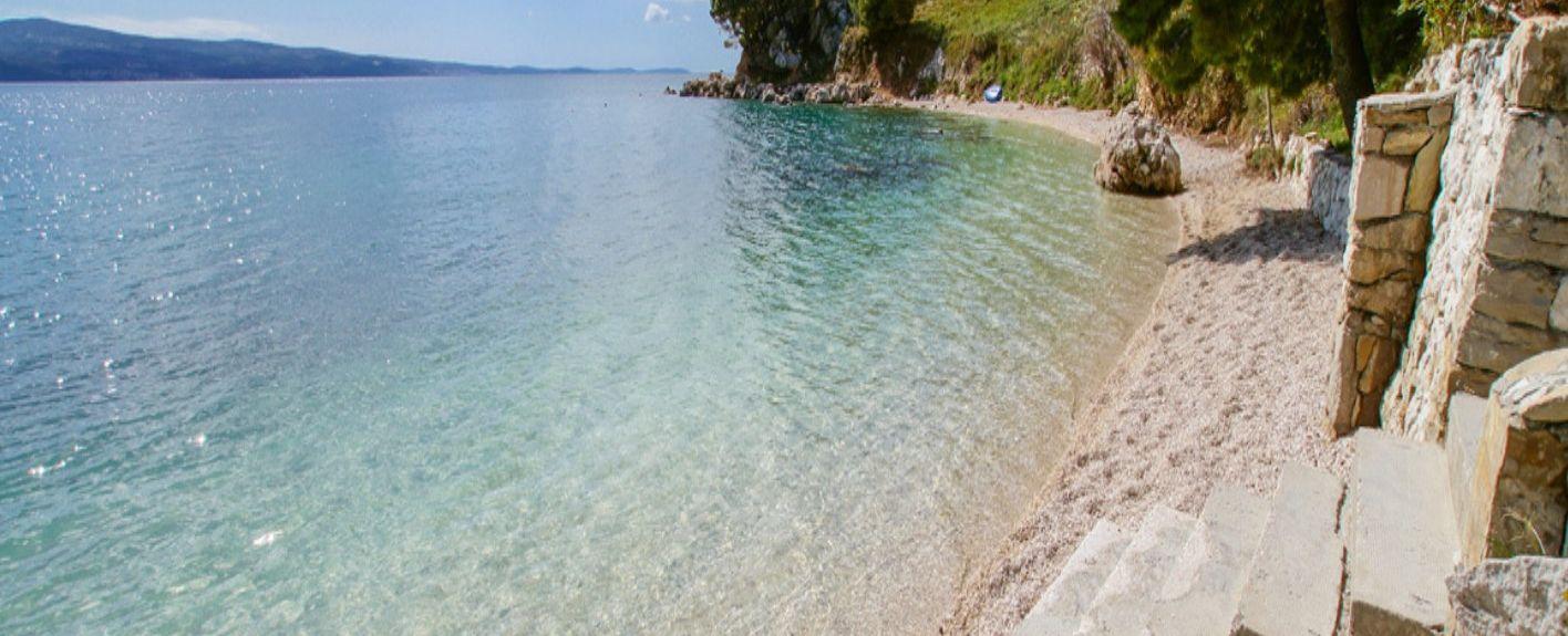 Strand van Tucepi, Tucepi, Split-Dalmatië, Kroatië