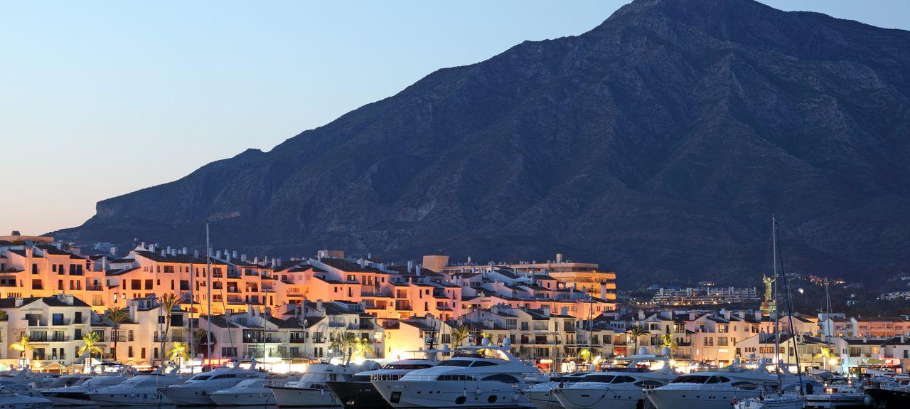 Puerto Banús Strand, Marbella, Andalusien, Spanien