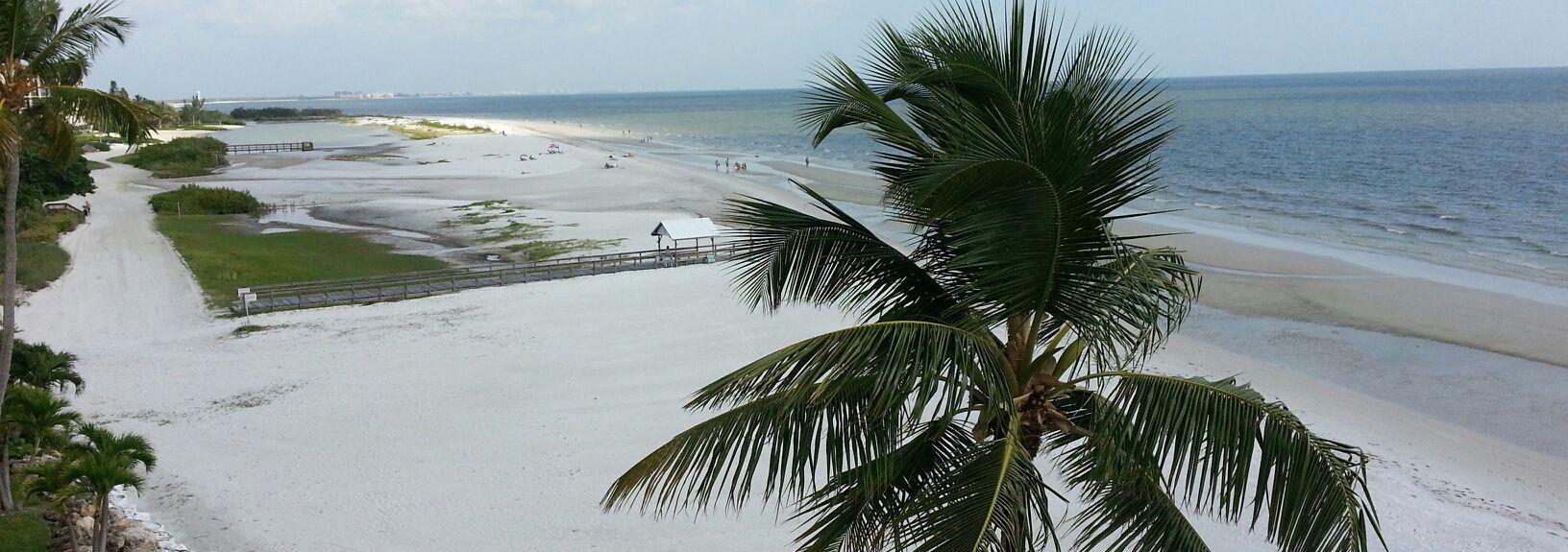 Leonardo Arms, Fort Myers Beach, FL, USA