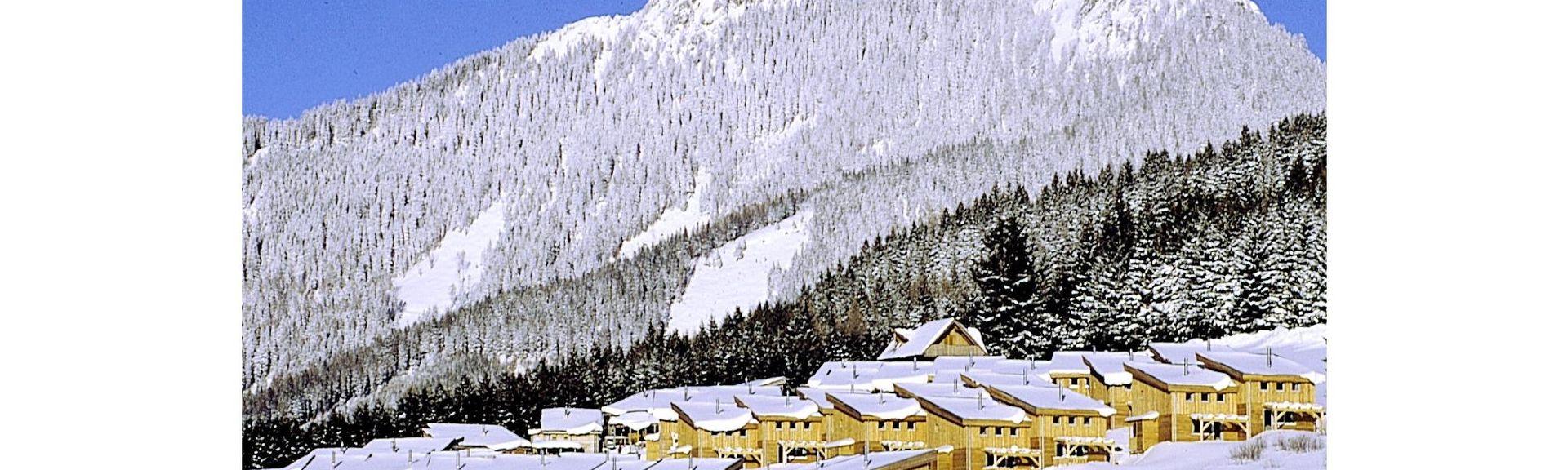 Estación de tren de Admont Frauenberg an der Enns, Admont, Styria, Austria