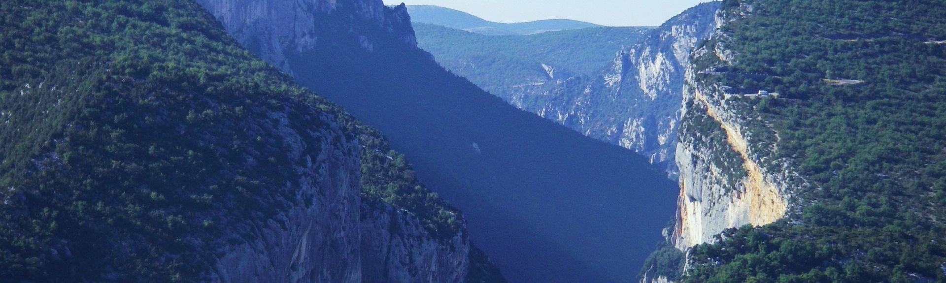 Moustiers-Sainte-Marie, Alpes-de-Haute-Provence (department), France