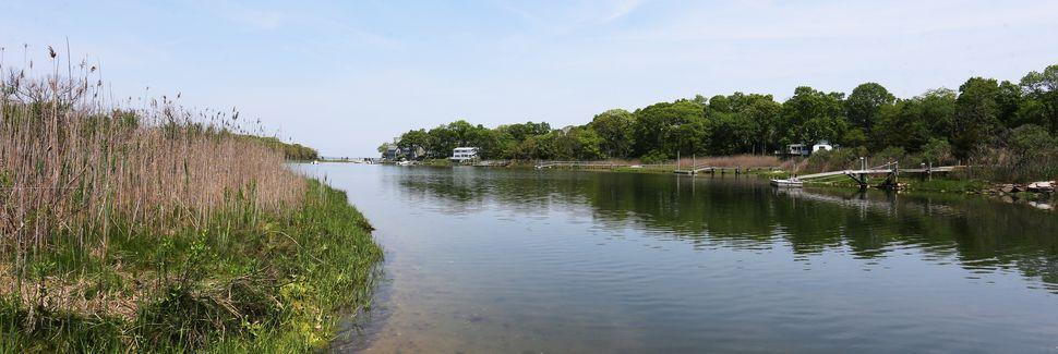 Ponquogue Beach, Hampton Bays, New York, USA