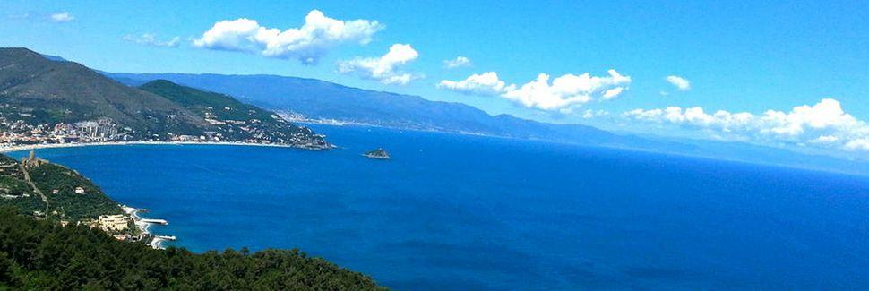Hafen von Capo San Donato, Finale Ligure, Ligurien, Italien