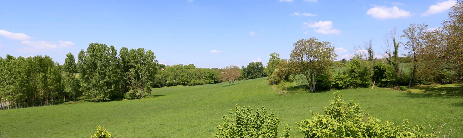 Saint-Étienne-de-Puycorbier, Nouvelle-Aquitaine, France