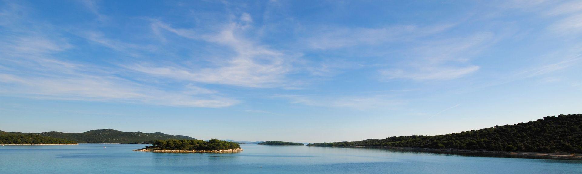 Spiaggia di Slanica, Morter, Regione di Sebenico e Tenin, Croazia