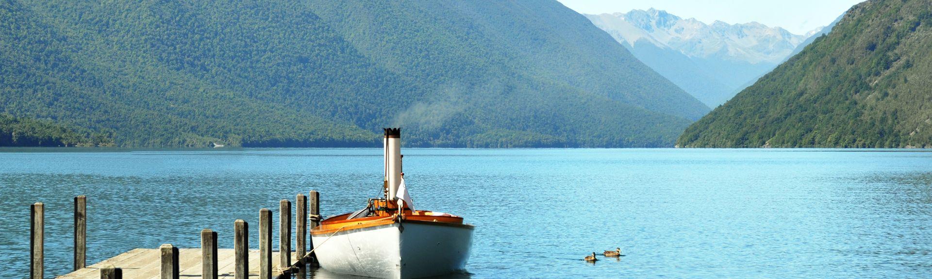 Lake Rotoiti, Bay of Plenty, North Island, New Zealand