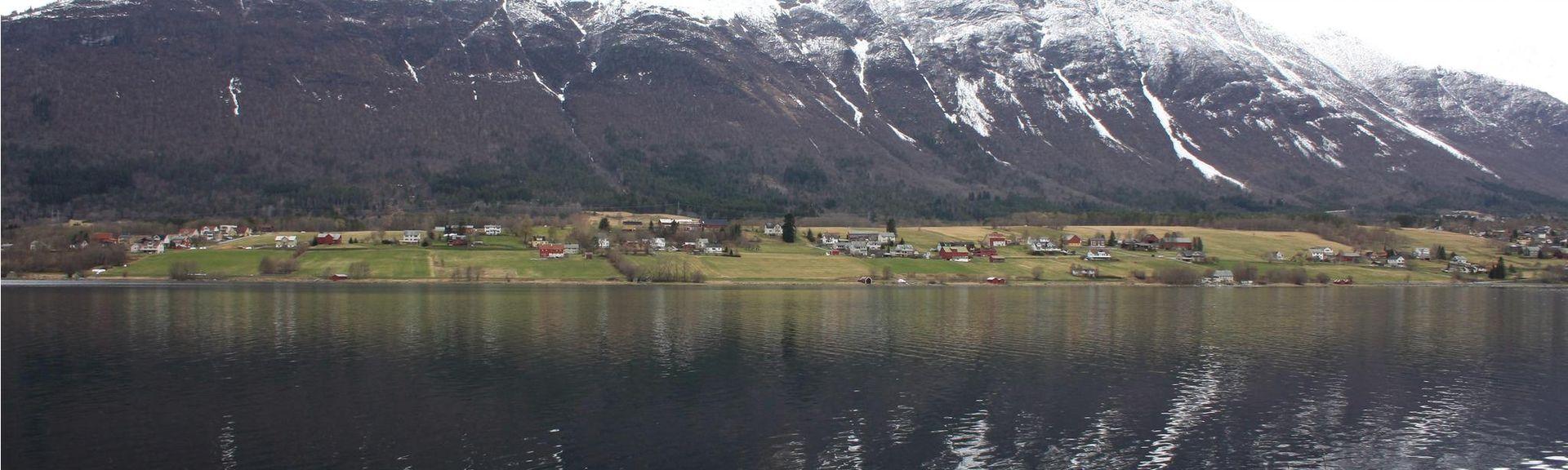 ANDALSNES (Station), Åndalsnes, Møre og Romsdal, Norway