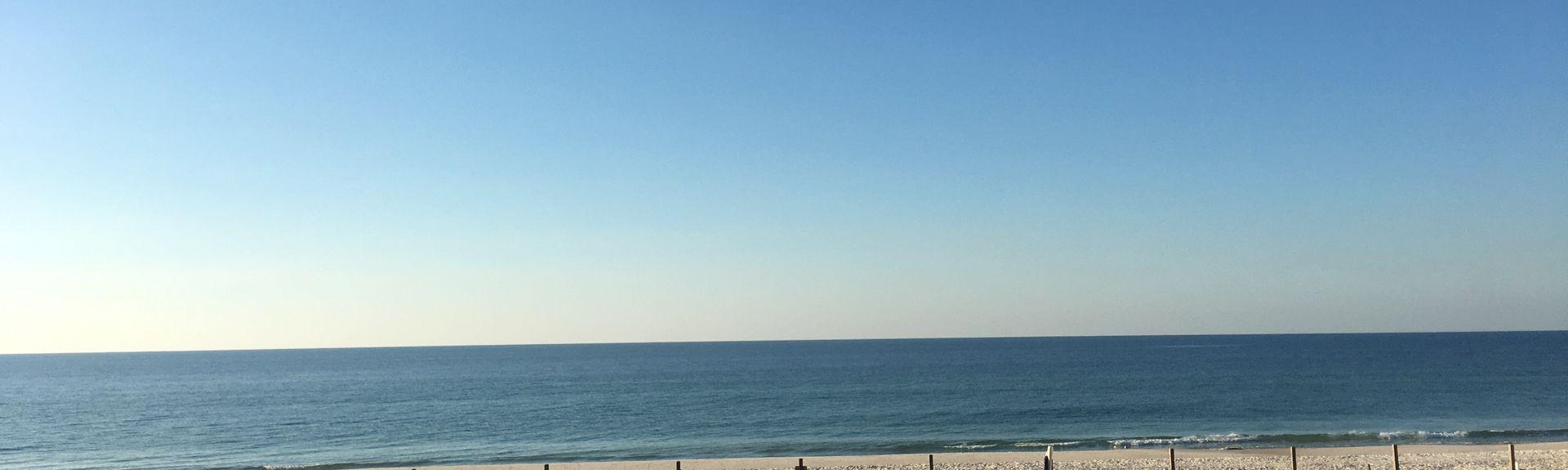 Tropical Winds, Gulf Shores, AL, USA