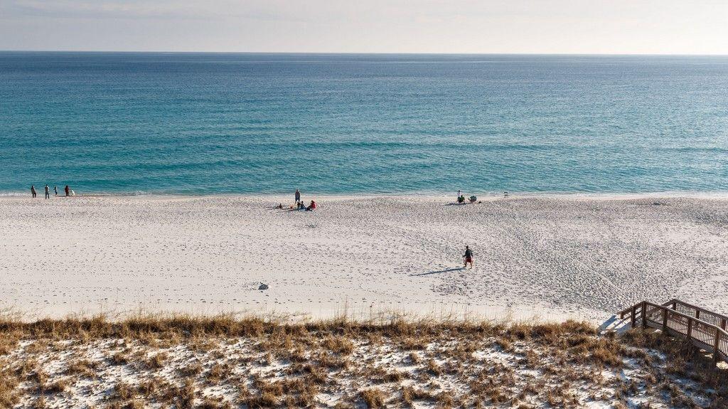 Emerald Surf, Navarre Beach, Pensacola Beach, FL, USA