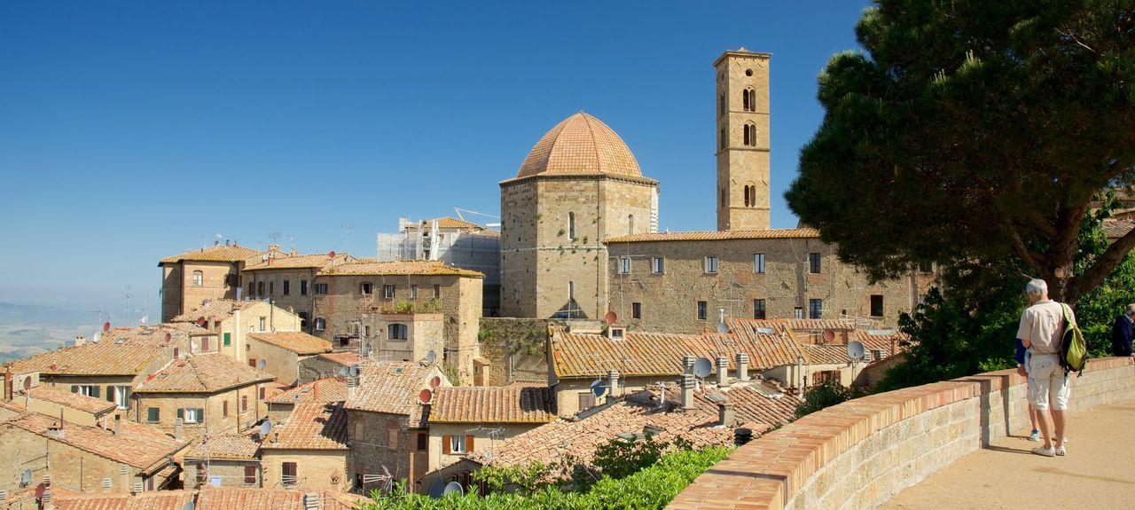 San Gimignano, Siena, Italy