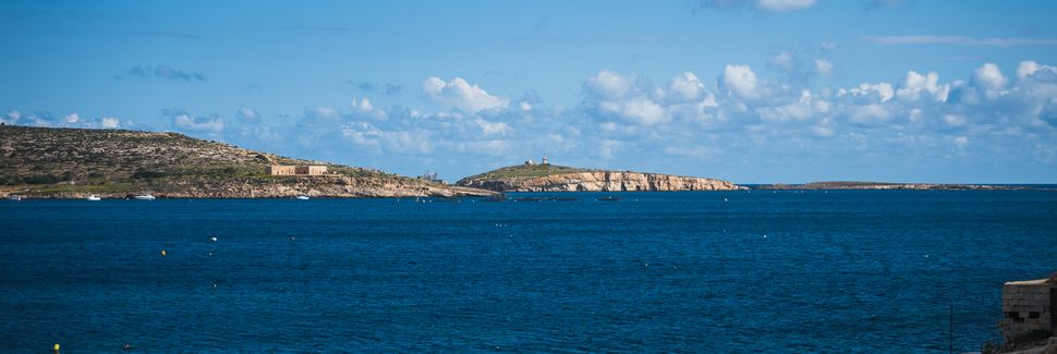 Xemxija Bay, St. Paul's Bay, Malta