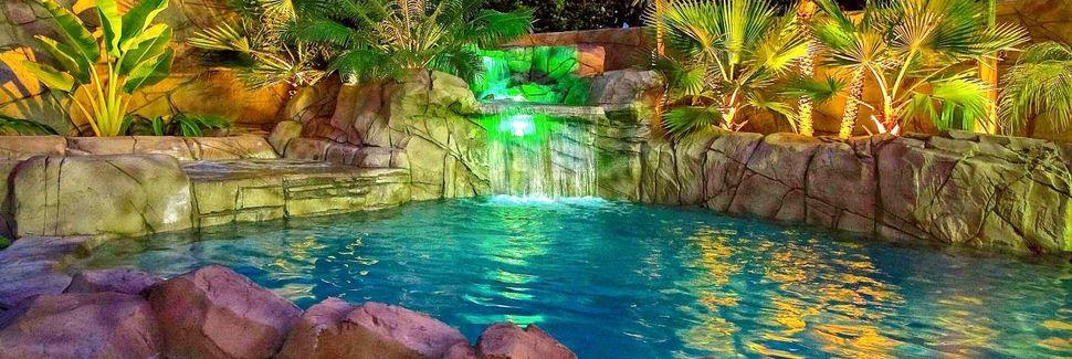 Hermosa Village, Anaheim, CA, USA