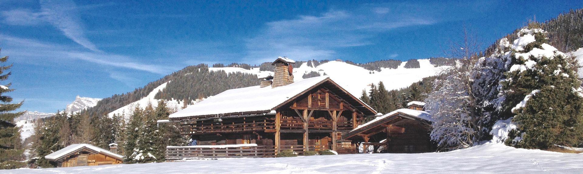 Estación de tren de Chamonix-Mont-Blanc Les Bossons, Chamonix-Mont-Blanc, Alta Saboya (departamento), Francia