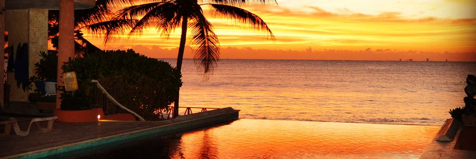 Luna Encantada, Playa del Carmen, Quintana Roo, Mexico