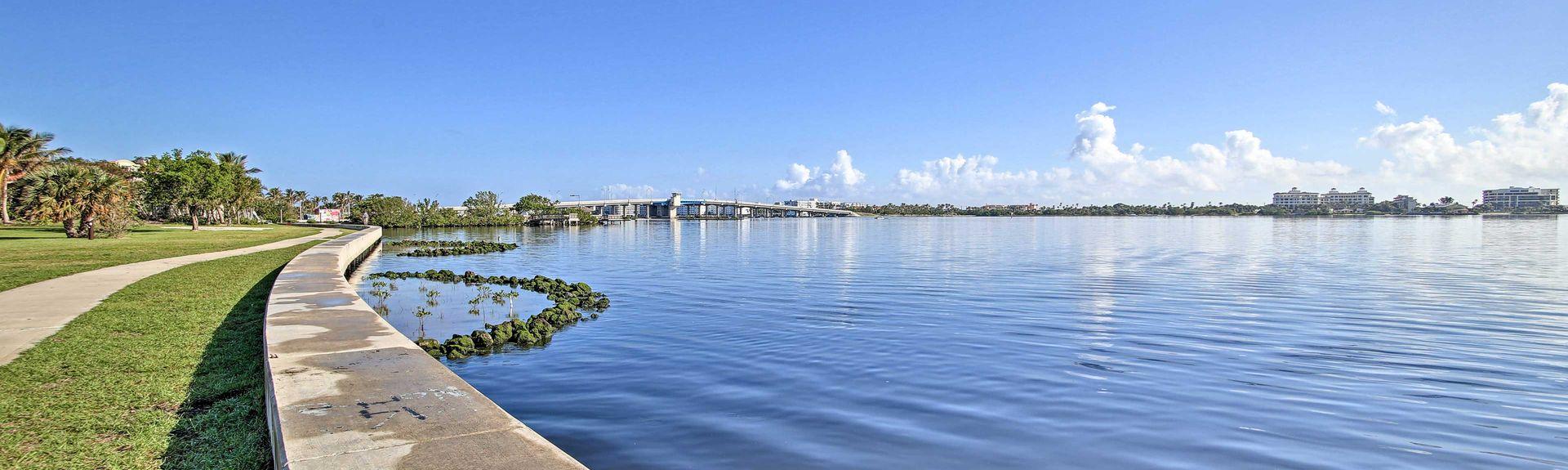 Mango Groves, Lake Worth, FL, USA