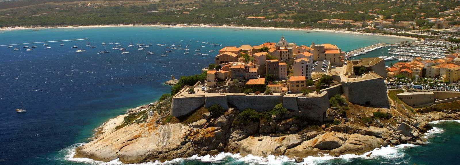 Marine de Saint-Ambroggio, Lumio, Corsica, Francia