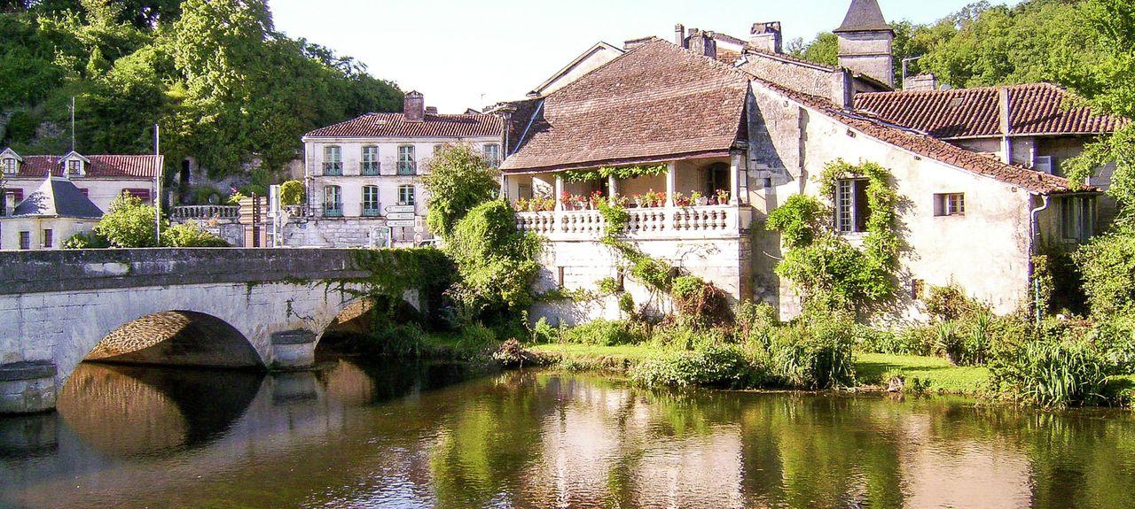 Saint-Jean-de-Côle, Nouvelle-Aquitaine, France