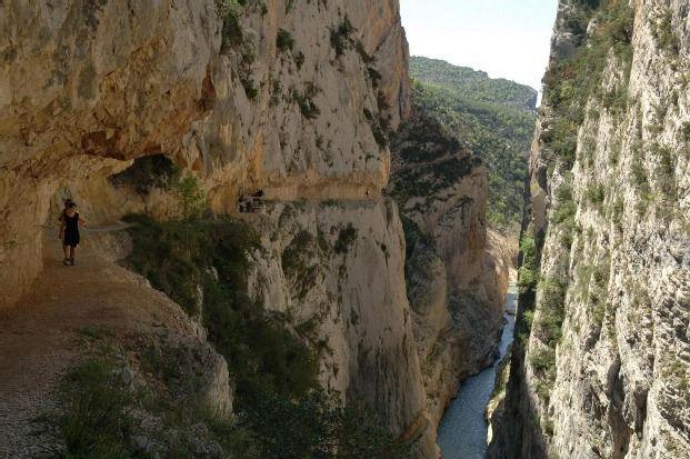 Puente de Montañana, Huesca, Spain