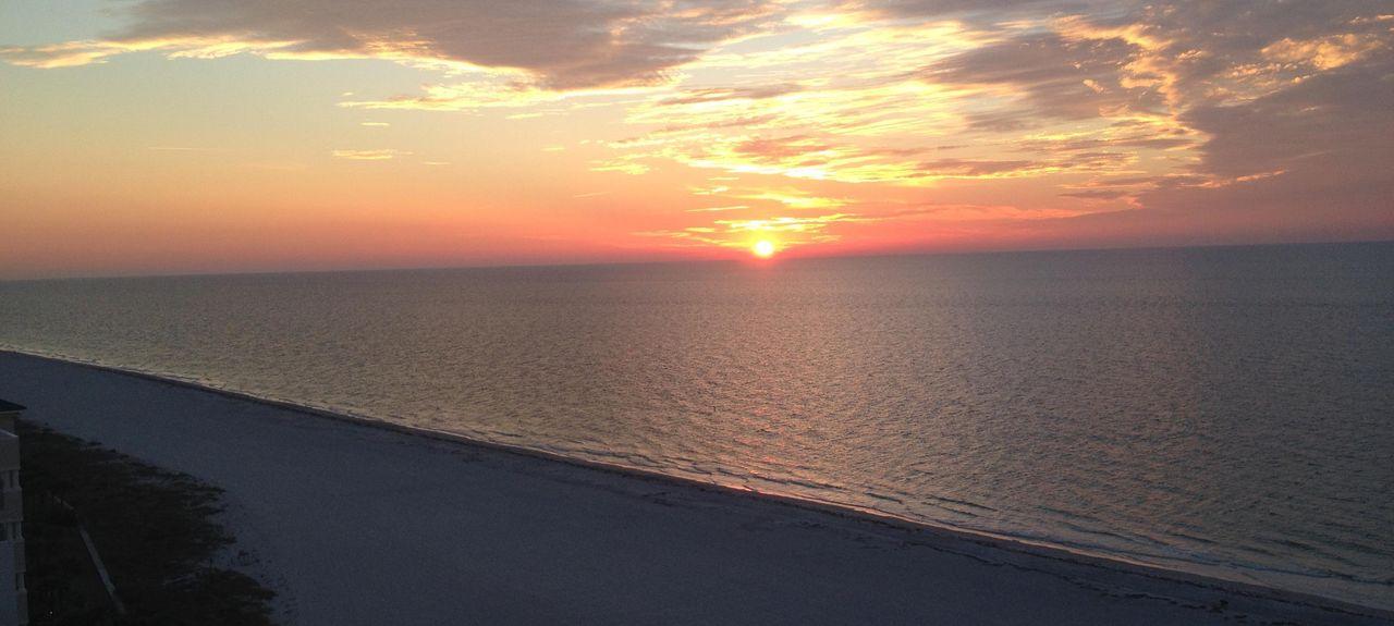 Crescent Beach Club, Sand Key, Clearwater, FL, USA