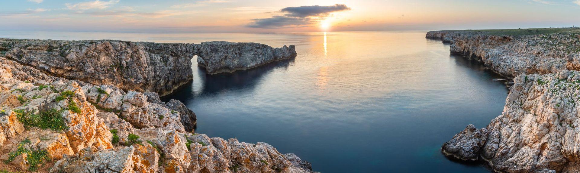 Strand von Son Bou, Alaior, Balearen, Spanien