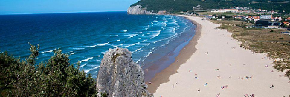 Playa de Brazomar, Castro Urdiales, Cantabria, España