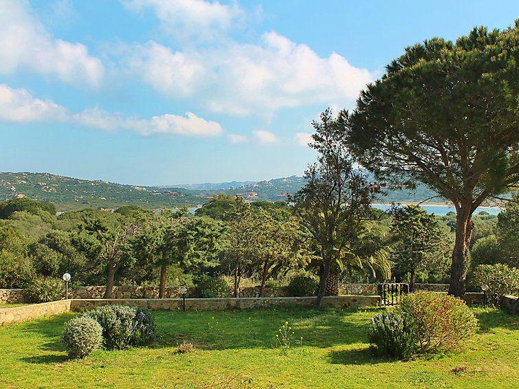 Punta Sardegna, Sardegna, Italia