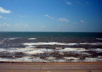 By The Sea (Galveston, Texas, Vereinigte Staaten)