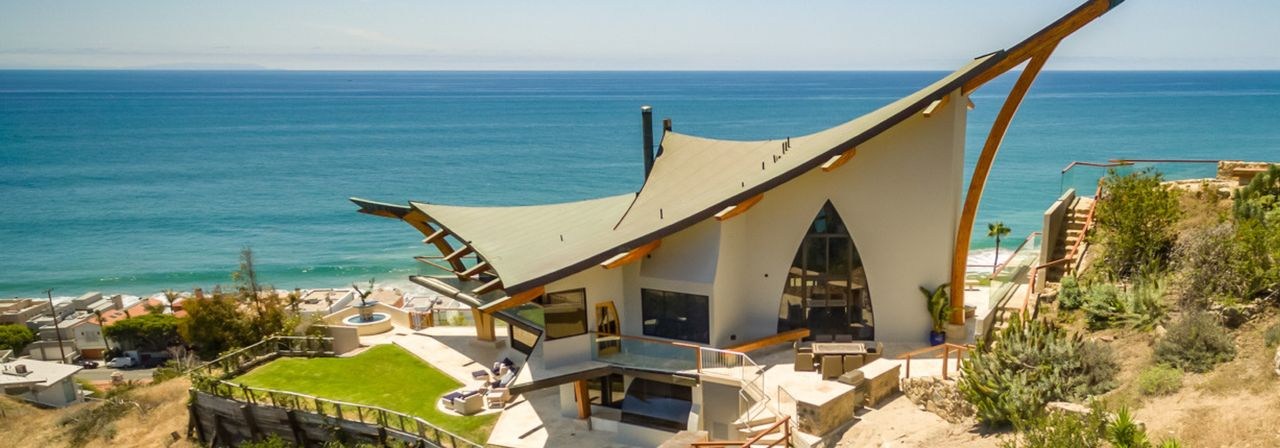 Villa by the ocean