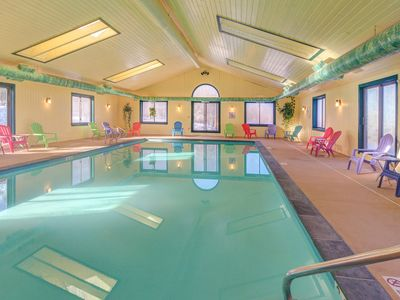 Photo for Ski-in/ski-out condo w/ shared pool & seasonal hot tubs - golf & tennis nearby!
