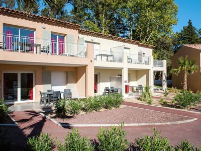 Photo for Nice apartment for 6 guests with WIFI, A/C, pool, TV, balcony, pets allowed and parking