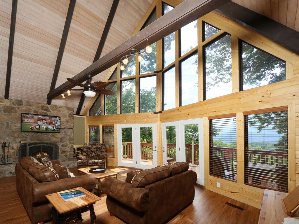 Property Image#5 Million Dollar View A 4 Bedroom Cabin Near Downtown  Gatlinburg, Tennessee